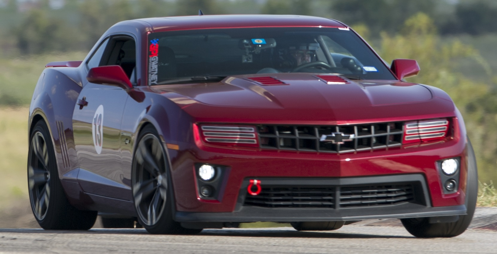 The Chevrolet Camaro Is An American Automobile Manufactured By Chevrolet Classified As A Pony Car And Some Versions Also As A Muscle Car It Went On Sale On